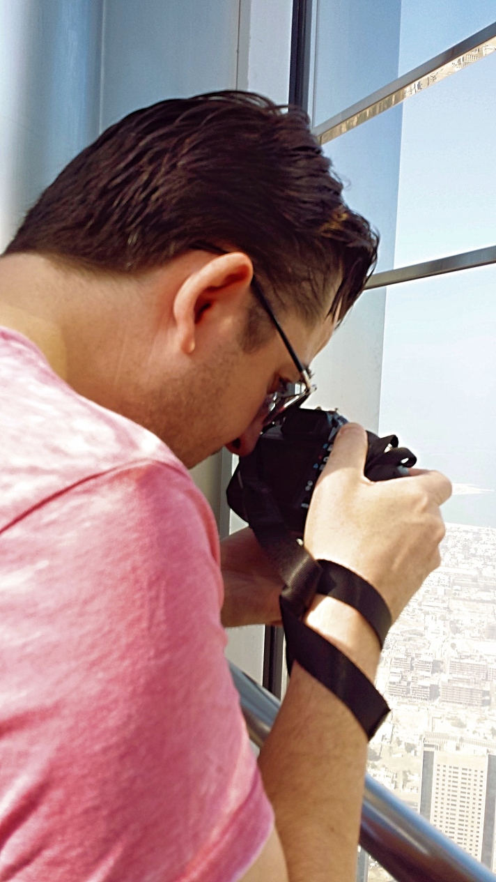 Capturing the Photographer - Burj Khalifa